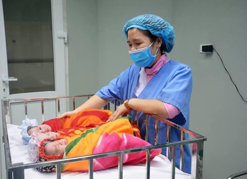 Sản phụ sinh 3 nhờ thụ tinh trong ống nghiệm tại Bệnh viện Nghệ An