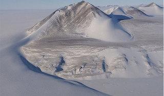 Những bí ẩn khó lý giải ở vùng đất băng vĩnh cửu