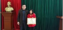 Hà Tĩnh: Nữ sinh lớp 8 trả lại 30 triệu đồng cho người đánh mất