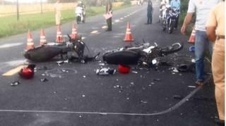 Thầy hiệu trưởng bị 2 thanh niên chạy xe ngược chiều tông tử vong