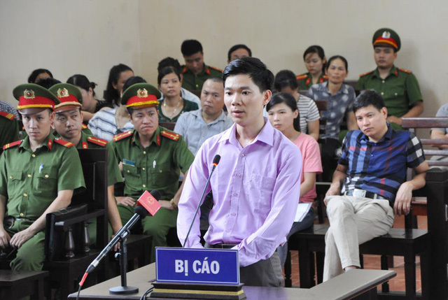 Bác sĩ Hoàng Công Lương phải cấp cứu ở Khoa Nội thần kinh BV Hòa Bình