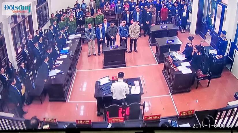 Hoãn phiên toà xét xử vụ chạy thận ở Hoà Bình vì Hoàng Công Lương vắng mặt5
