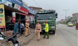 Hà Nội: Đội CSGT số 10 kiên quyết xử lý xe quá tải, đảm bảo ATGT dịp cuối năm