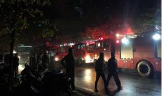 3 ngôi nhà bốc cháy dữ dội trong đêm, thiệt hại hàng tỷ đồng