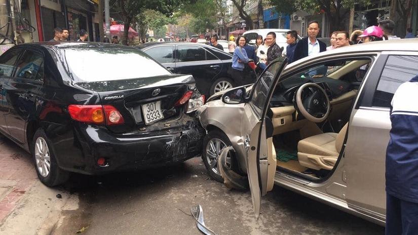 Vĩnh Phúc: Nữ tài xế điều khiển ô tô gây tai nạn liên hoàn