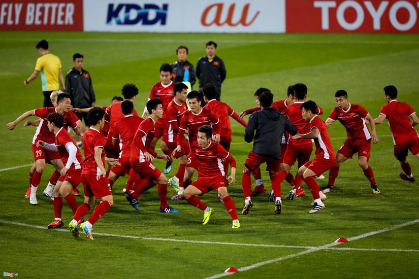 Đội tuyển Việt Nam gặp khó sau trận thua Iraq