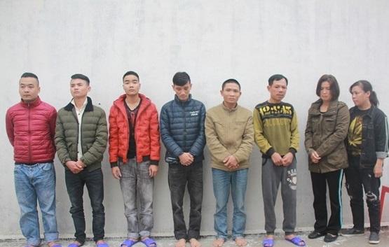 Nghệ An: Thuê côn đồ chặn xe, đánh đập, bắt giữ người để đòi tiền
