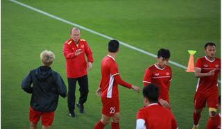 HLV Park Hang Seo: 'Chúng ta còn cơ hội và sẽ vào vòng trong'