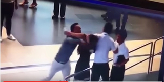 Chặn taxi 'dù' nhân viên sân bay Nội Bài bị đánh gãy 4 răng cửa