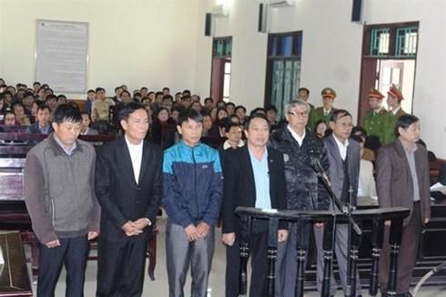 Khai trừ Đảng 1 Chủ tịch huyện, cách chức 7 cán bộ ở Hà Tĩnh