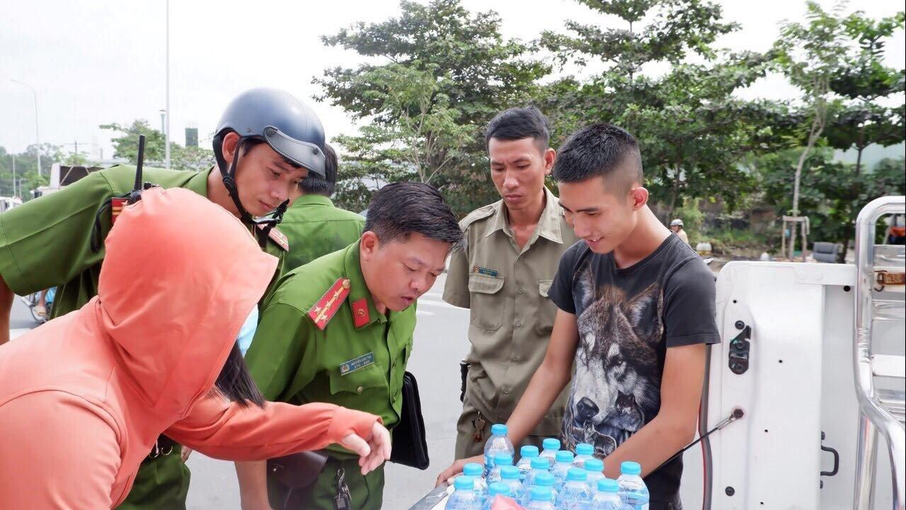 Phát hiện 3 tài xế container dương tính với ma túy đá