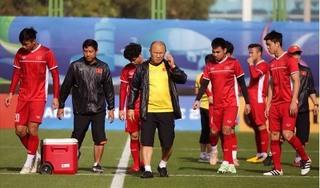 Đội tuyển Việt Nam liên tiếp đón nhận tin buồn sau trận thua Iran