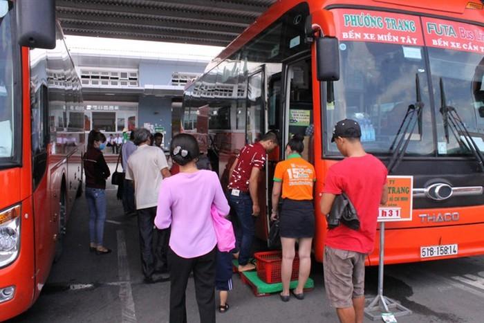 Xe khách Phương Trang lên tiếng về tình trạng đầu cơ, tích trữ vé