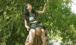 Ngắm nhan sắc 'nóng bỏng' của cô gái đóng cảnh nhạy cảm với em trai Xuân Hinh