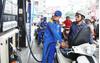 Giá xăng dầu hôm nay ngày 19/1: Tiếp tục đà tăng, chốt tuần tăng 3%