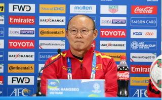 HLV Park Hang Seo đáp trả thế nào khi bị chê 'chỉ biết chơi phòng ngự'?