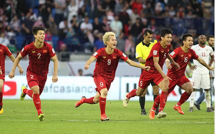 Việt Nam đá như 'lên đồng' trước Jordan, 2 sao nào phải thử doping?
