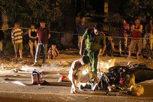 Va chạm ô tô, 1 người đi xe máy văng xuống đường tử vong tại chỗ