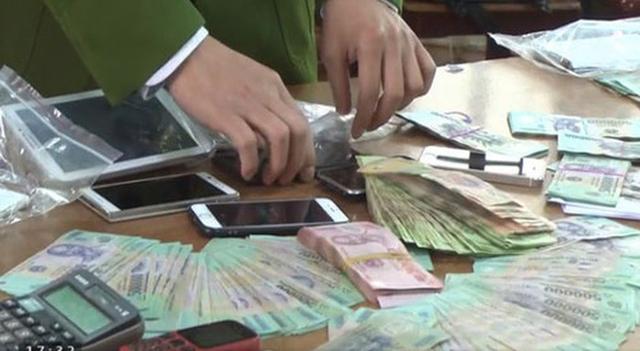 Hưng Yên: Triệt phá đường dây đánh bạc 1.000 tỷ đồng qua mạng. Ảnh VTV