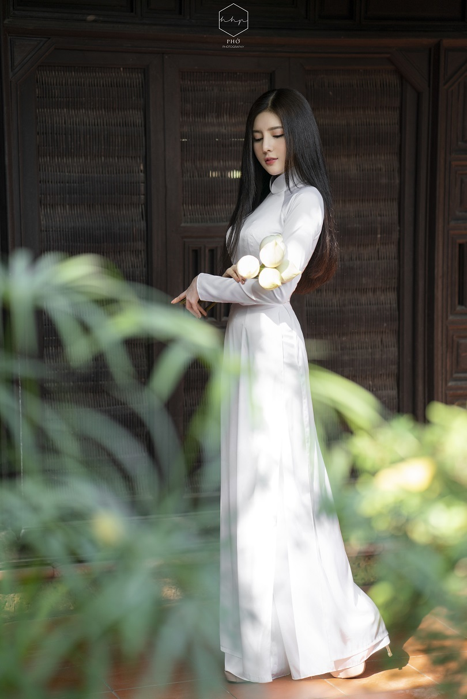 Diễn viên Lilly Luta đẹp trong trẻo với bộ ảnh áo dài đón Xuân13