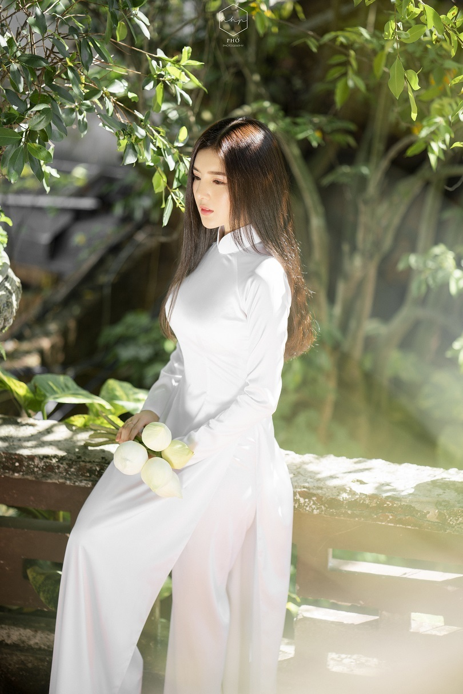 Diễn viên Lilly Luta đẹp trong trẻo với bộ ảnh áo dài đón Xuân3