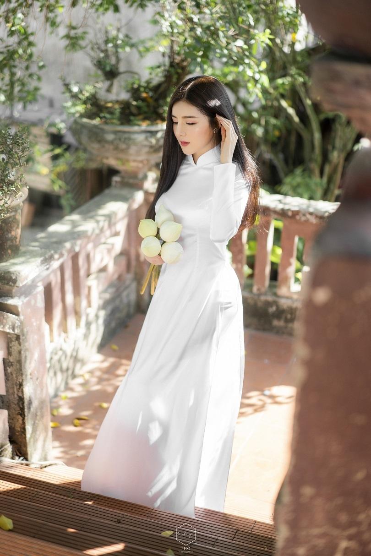 Diễn viên Lilly Luta đẹp trong trẻo với bộ ảnh áo dài đón Xuân5