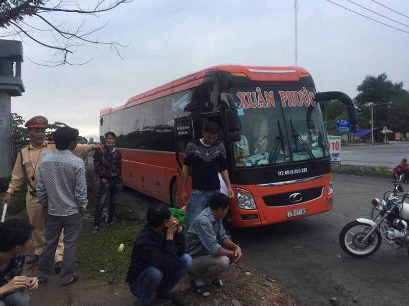 Tài xế xe khách chống đối CSGT khi vi phạm ở Đà Nẵng
