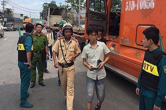 Lai Châu: Liên tiếp phát hiện lái xe khách và xe tải dương tính với ma túy