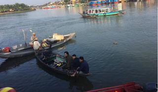 Cãi nhau với vợ, người đàn ông lao xe xuống sông khiến 3 người tử vong