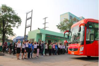 Hà Nội hỗ trợ 28 xe miến phí đưa người lao động về quê đón Tết
