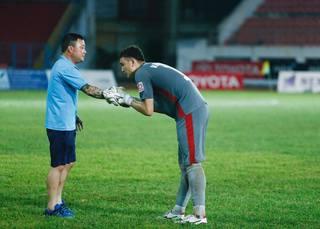 Văn Lâm ra mắt CLB tại Thái Lan đúng Tết Nguyên đán
