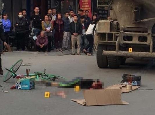 Hà Nội: Ngã ra đường sau va chạm giao thông, nam sinh bị xe bồn cán tử vong