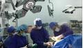 Ca bệnh đặc biệt: Bệnh nhân vừa phẫu thuật não vừa hát quốc ca và