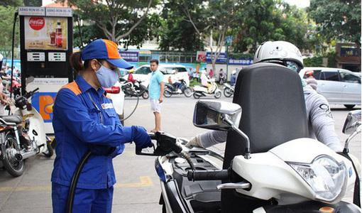 Giá xăng dầu hôm nay 30/1: Tăng nhẹ dù thị trường bất ổn