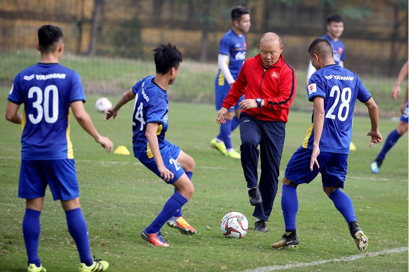Chuyện Park Hang-seo chơi 'canh bạc' bóng đá Việt Nam