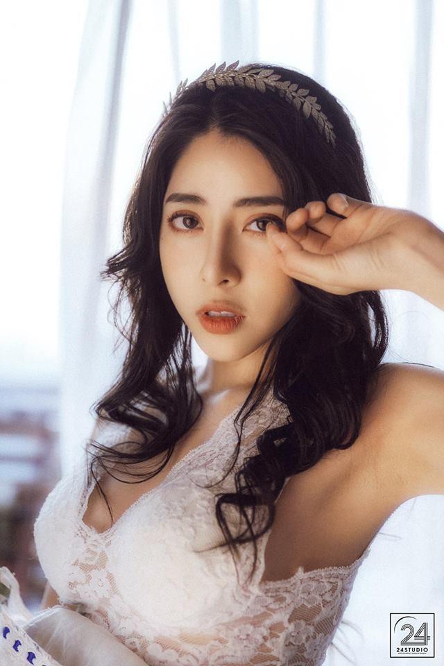 Hot girl Bích Hạnh gây thương nhớ trong loạt ảnh buông lơi vai trần3