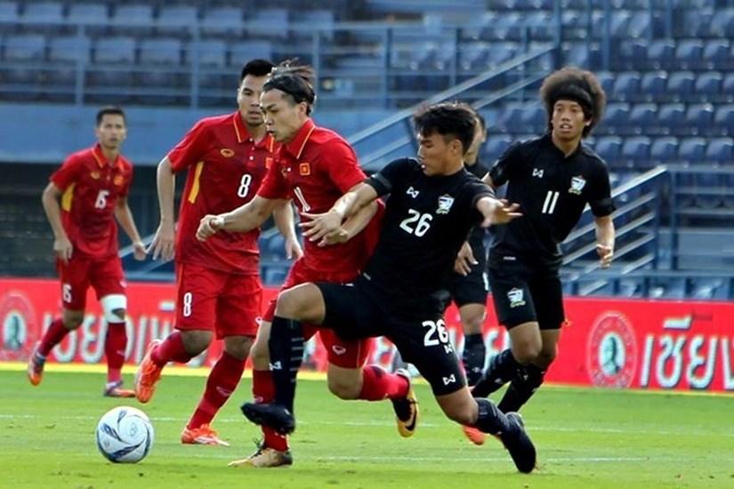 Đội tuyển Việt Nam tiếp tục bỏ xa Thái Lan trên bảng xếp hạng FIFA