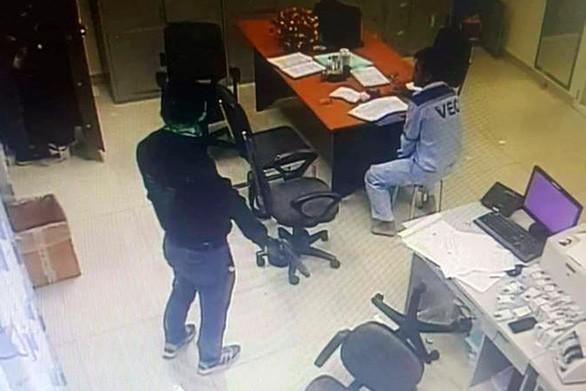 Hai nhân viên cũ dùng súng cướp 2,2 tỷ ở trạm thu phí Dầu Giây như thế nào?