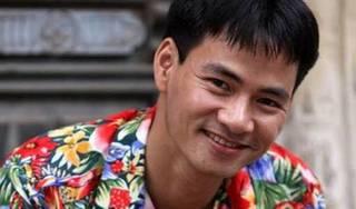 Nghệ sỹ Xuân Bắc nghiện áo 'chim cò' và không sợ đàm tiếu về giới tính
