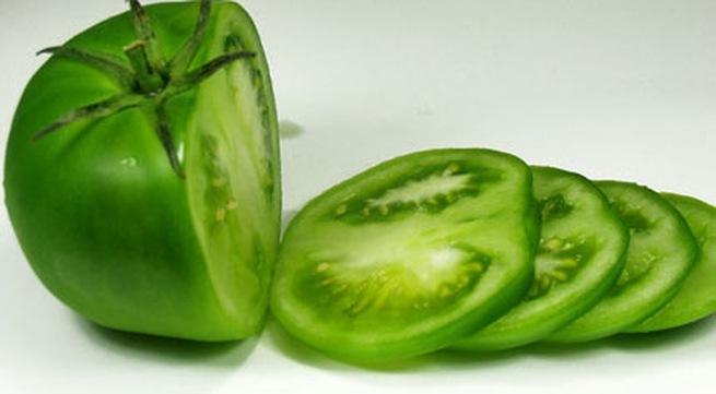 Cảnh báo cà chua xanh, củ sắn dễ ngộ độc, nguy hiểm tính mạng