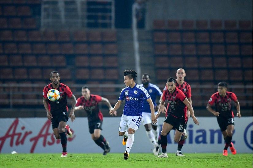 Tiền vệ Quang Hải bị báo chí châu Á cất lời chê dù Hà Nội vượt qua Bangkok Unite