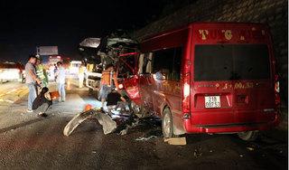 Vụ 2 ô tô đấu đầu trên cao tốc Nội Bài – Lào Cai: Đã có 1 người tử vong