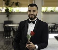 Chàng trai kiếm 2,7 tỷ đồng/tháng vẫn cô đơn dịp Valentine