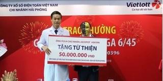 Một vị khách ở Quảng Ninh trúng Vietlott 25 tỷ đúng ngày Vía thần tài