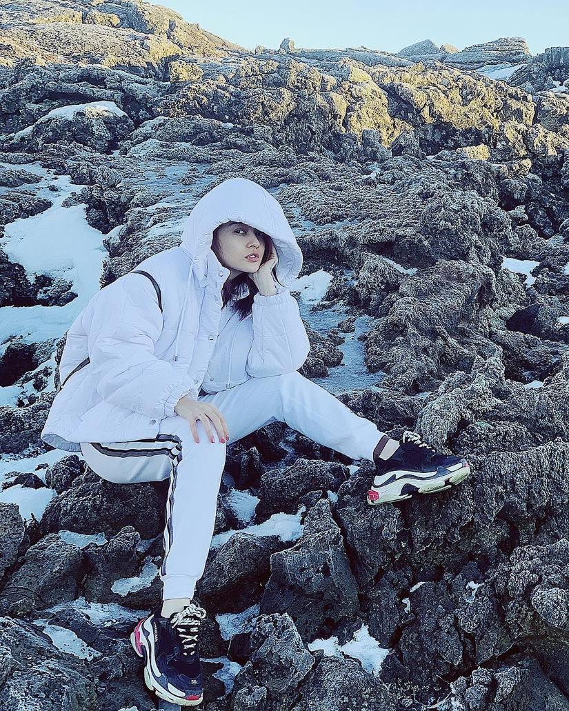 Ngày 14/2, Hồ Quang Hiếu và Bảo Anh khoe ảnh đi du lịch cùng nhau?