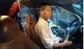 Để bảo vệ tính mạng khi hành nghề, tài xế taxi tự lắp khoang bảo vệ