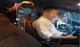 Tài xế taxi tự lắp khoang bảo vệ: Cục đăng kiểm lên tiếng
