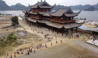 'Kinh doanh' tâm linh: Khu chùa nghìn ha 'dậy sóng' dư luận