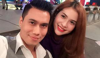 Việt Anh phản ứng lạ khi vợ chia sẻ status ẩn ý về cuộc sống hôn nhân