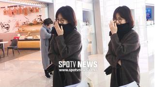Giữa tin đồn ly hôn, Song Hye Kyo gây xôn xao vì không đeo nhẫn cưới